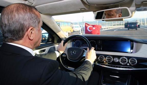 Erdoğan, Osman Gazi Köprüsü'nden geçti