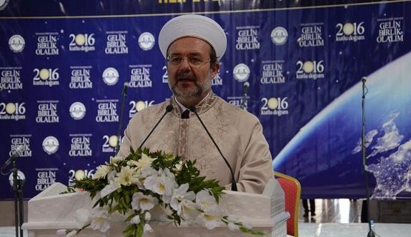 Görmez, Diyarbakır Ulu Camii'de Kürtçe dua etti