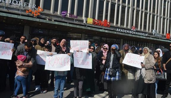 İsveç'in İslamofobik medyası protesto edildi