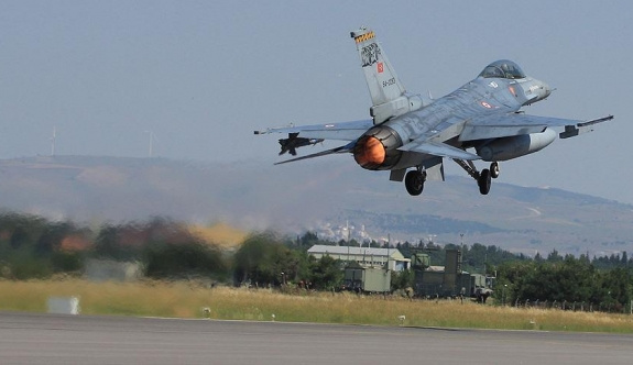 Koalisyon uçakları IŞİD'i vurdu