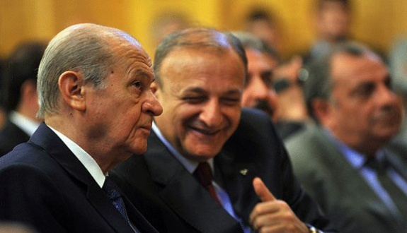 MHP'de muhaliflere şok, kongre süreci durdu