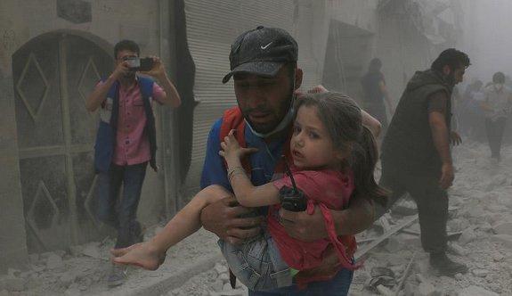 Suriye'de yine hastane vuruldu: 5 ölü