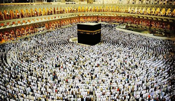 Suudi Arabistan'dan Umre vizesiyle ilgili yeni karar