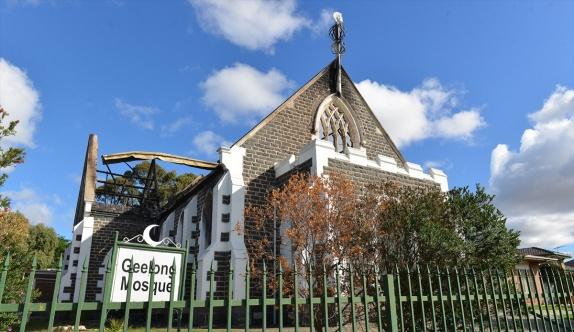 Avustralya'da şehrin tek camisi kundaklandı