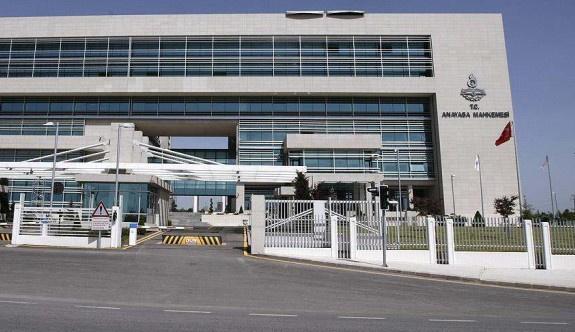 AYM memur gösterge tazminatı düzenlemesini iptal etti