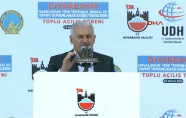 Binali Yıldırım Diyarbakır'da: PKK'yı bitirmeye yemin ettik