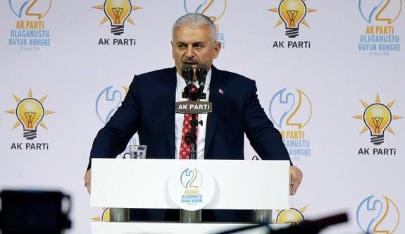 Binali Yıldırım bin 405 oyla AK Parti genel başkanı