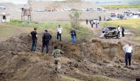 Bomba yüklü kamyonu köyde saklamak istemişler