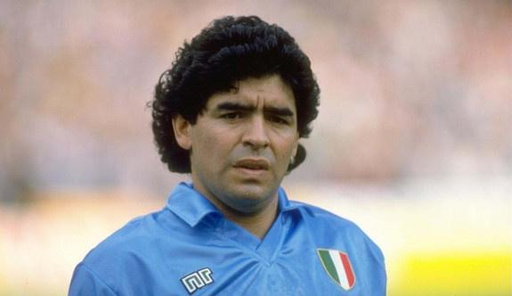 Dilma Rousseff'e bir destek de Maradona'dan