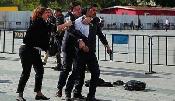 Dündar'a saldırı girişiminde iki tutuklama talebi