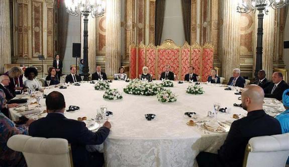 Erdoğan'dan zirveye katılanlar onuruna yemek
