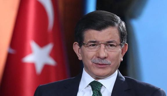 Gözler Davutoğlu'nun yapacağı açıklamada