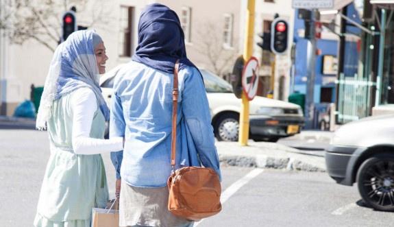 Batıda Müslüman olmak zor, Müslüman kadın olmak daha da zor
