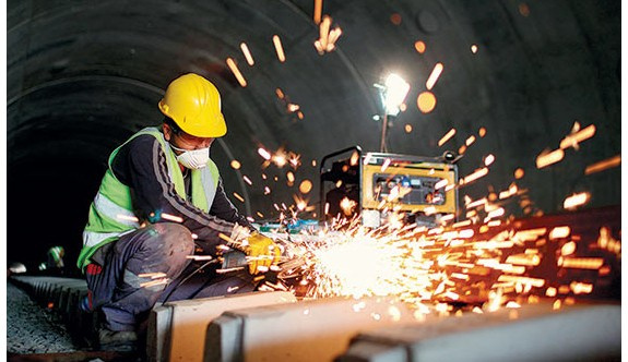 İşçinin yıllık iznini bölen işverene ceza