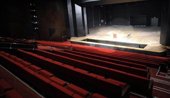 İstanbul'da tiyatro zamanı