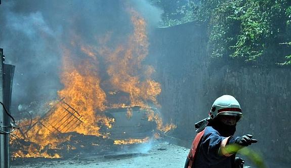 İstanbul'un tarihi semtinde yangın