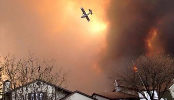 Kanada'da yangın söndürülemiyor | FOTO