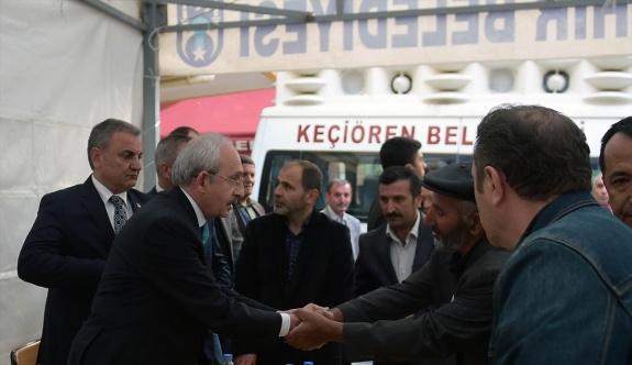 Kılıçdaroğlu'ndan şehit başçavuşun ailesine taziye ziyareti