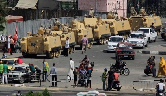 Mısır'da yüzlerce darbe mağduru askeri mahkemede