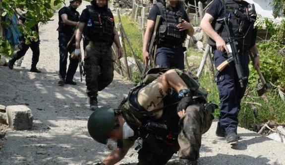 Kanalizasyonda PKK'lı arıyorlar