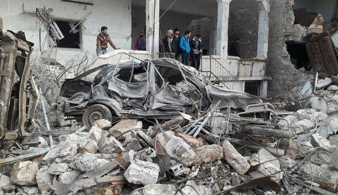 Rus uçakları Suriye'de yine sivilleri vurdu