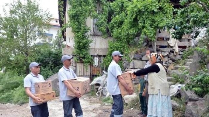 Terör mağduru ailelere 'Ramazan' yardımı