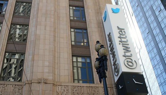 Twitter verileri istihbaratçılarla paylaşmış