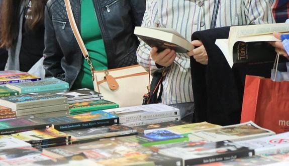 Üsküdar Kitap Fuarı kapılarını ikinci kez açıyor