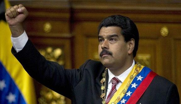 Venezüela'ya bir darbe de 'şirketler'den