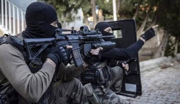 Yüksekova'da yenilen PKK birbirine girdi