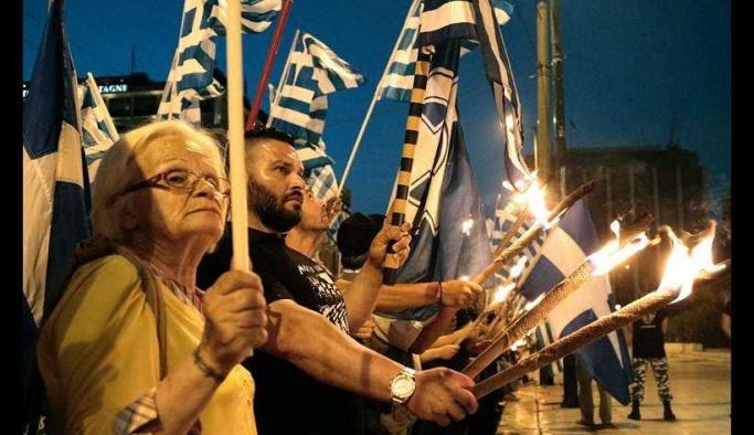 Yunanistan'da 'İstanbul'u geri alacağız' gösterisi