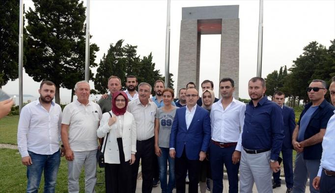 AK Parti İstanbul İl Başkanlığı'ndan Şehitler Abidesi'nde iftar