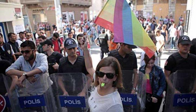 Alperen Ocakları: Eşcinsel yürüyüşü engelleyeceğiz