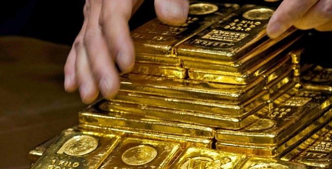 Altın son iki yılın zirvesinde