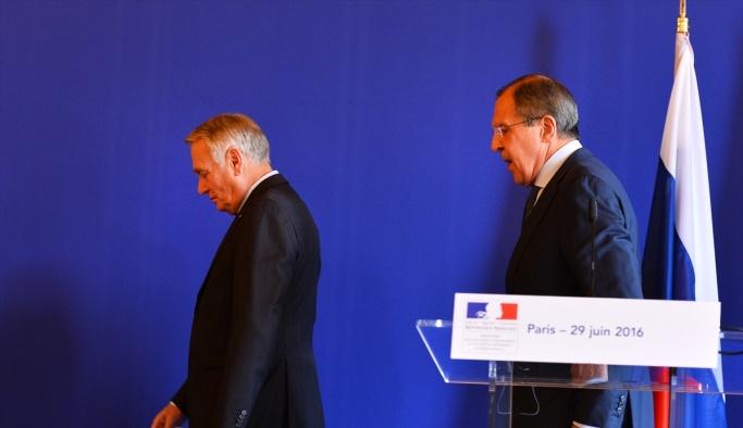Ayrault-Lavrov görüşmesi