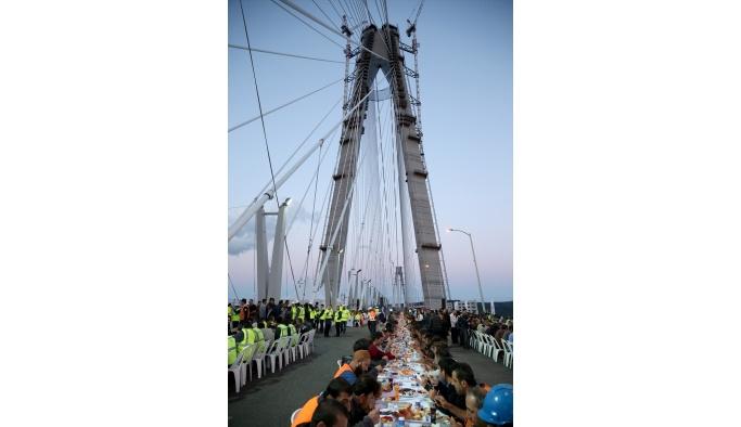 Bakan Arslan, Yavuz Sultan Selim Köprüsü'nde incelemelerde bulundu