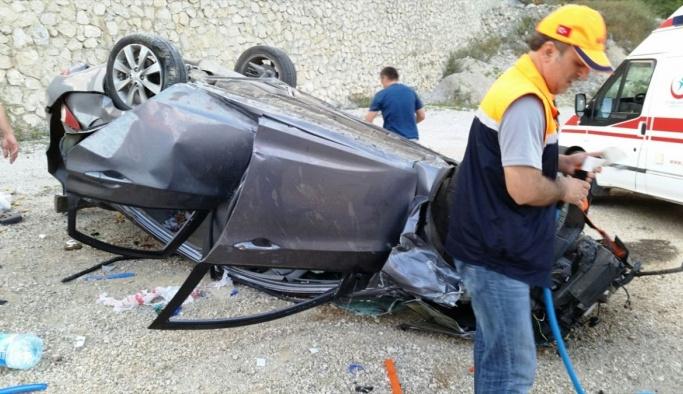 Bartın'da otomobil devrildi: 4 yaralı