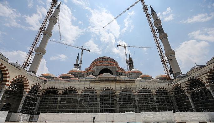 Çamlıca Camii Kadir Gecesi'ne hazır