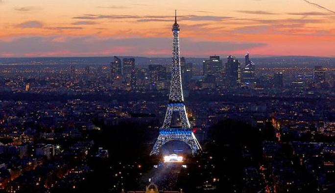 Dışişleri'nden Fransa'ya gideceklere uyarı