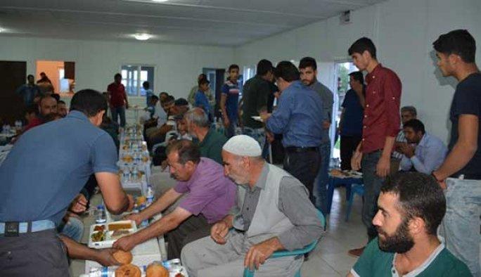 Diyarbakır Dürümlü'de maktüller anısına iftar