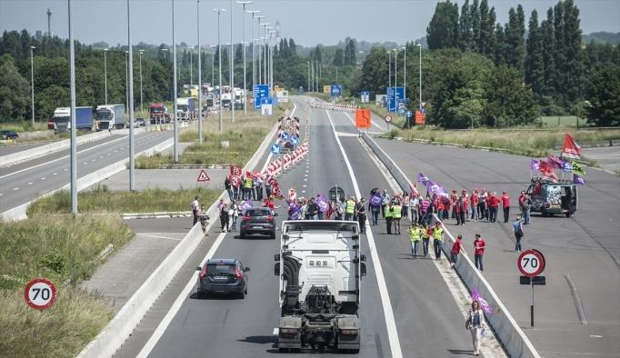 Fransızlar ile Belçikalılar'dan ortak protesto