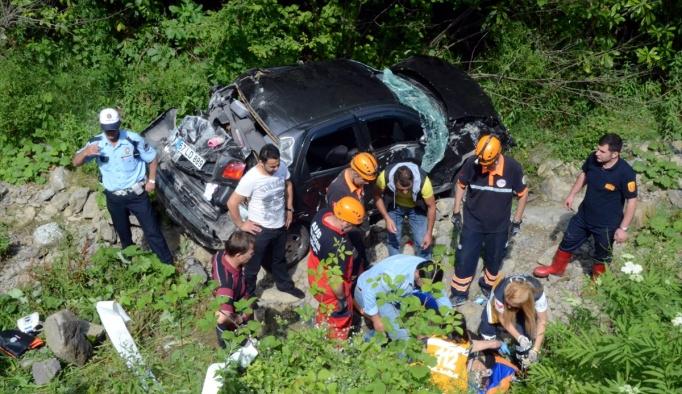 Hastane yolunda trafik kazası: 4 yaralı