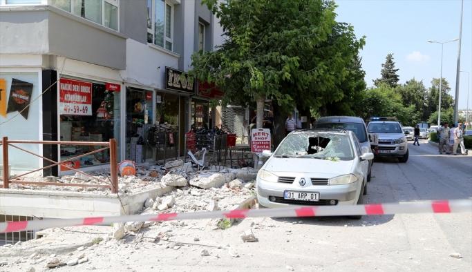 Hatay'da evin balkonu çöktü: 1 yaralı