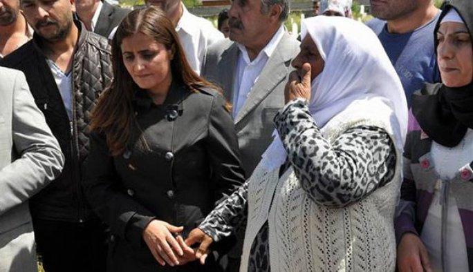 HDP'li bir milletvekili daha 'PKK'lı cenazesi'nde