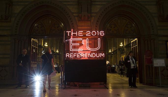 İngilizler yeniden referandum için imza topluyor