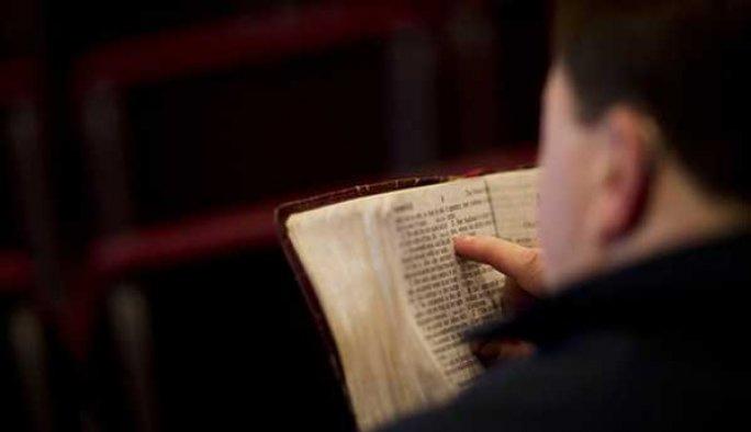 İngiltere'de mültecilere 'Hristiyanlık' testi