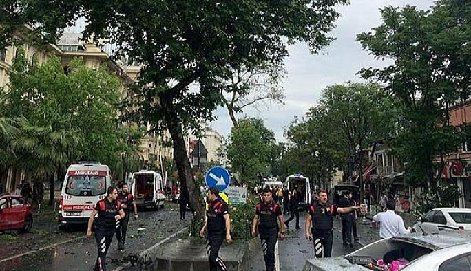 İstanbul Vezneciler'de patlama: 6 polis, 5 sivil öldü