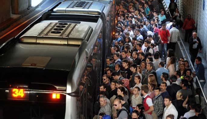 Kadınlara özel metrobüs talebi yinelendi