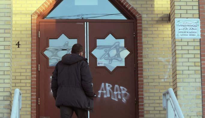 Kanada'da camiye domuzlu saldırı