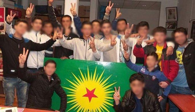 Lise öğrencileri PKK derneğinde